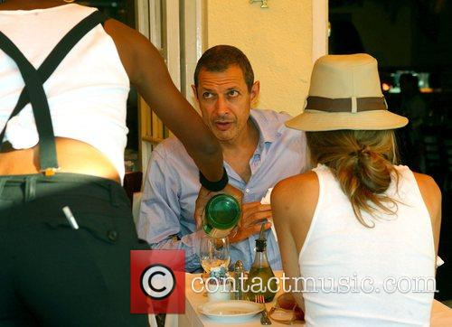 Jeff Goldblum and Shares A Bottle Of Italian Mineral Water 2