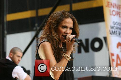Jennifer Lopez 27