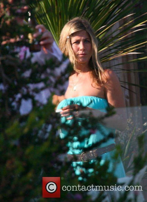 Jennifer Aniston 18