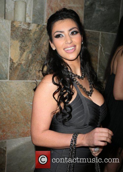 Kim Kardashian 19