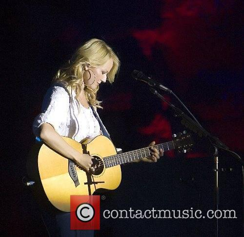 Jewel performing in concert at The Springs Preserve...
