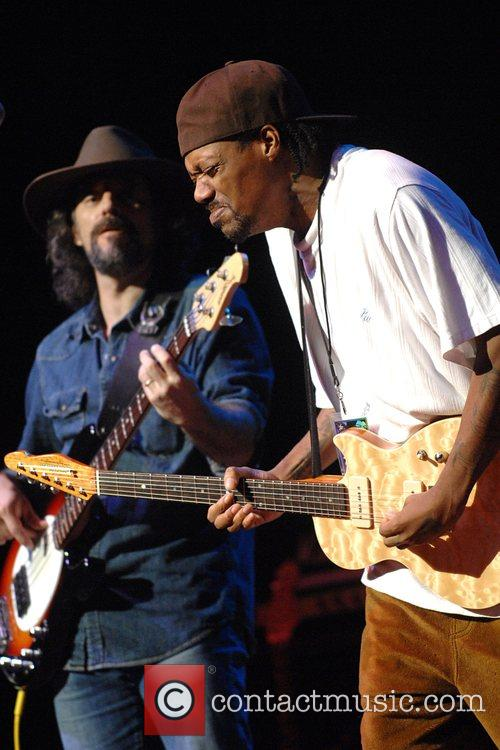 Eric Gales and Jimi Hendrix 3