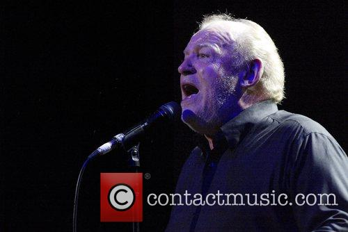 Joe Cocker and His Band Performing Live In Concert At The State Theatre 11
