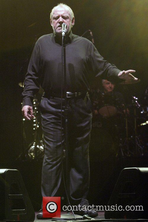 Joe Cocker and His Band Performing Live In Concert At The State Theatre 3