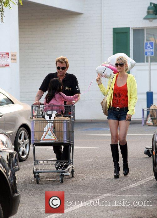 Leaving a shopping centre in Beverly Hills