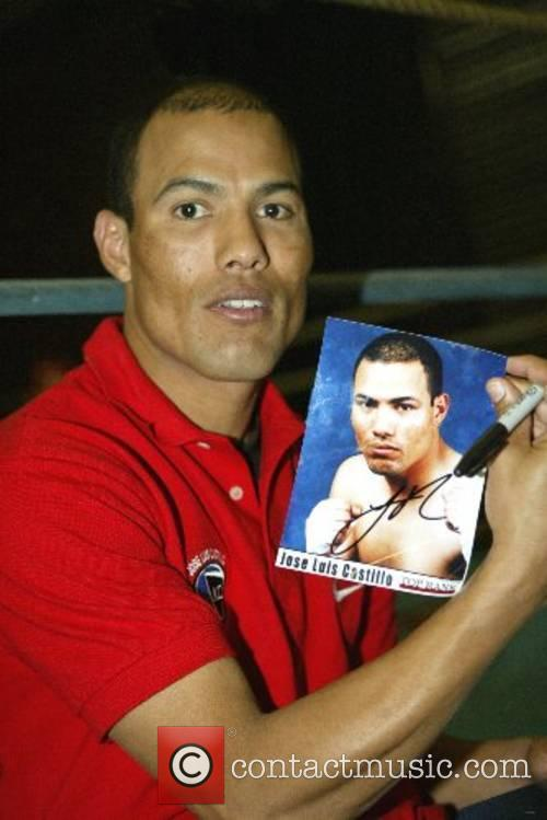 Boxer Jose Luis Castillo talks to the press...