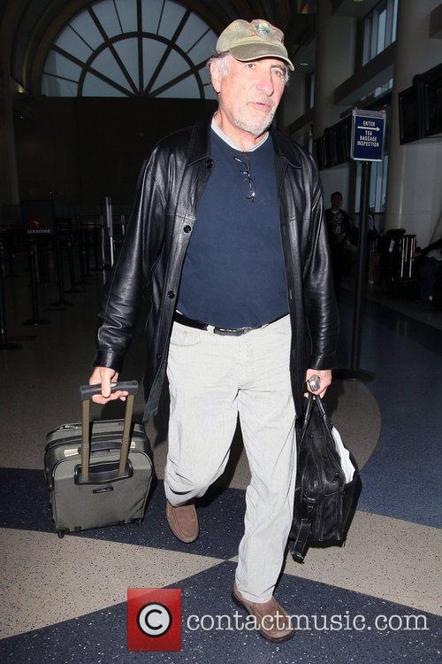 'Numb3rs' star Judd Hirsch arriving at LAX airport...
