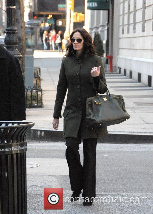 Walking to the set of her new film...