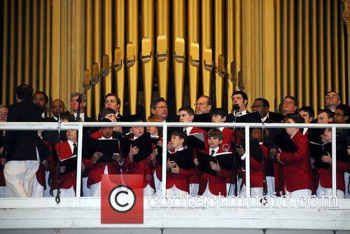 Philadelphia Boys Choir serenade Julie Andrews as she...