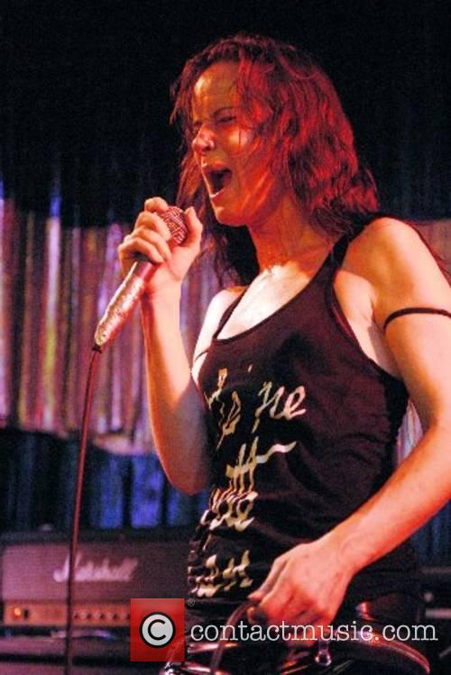 Juliette Lewis and Juliette And The Licks 5