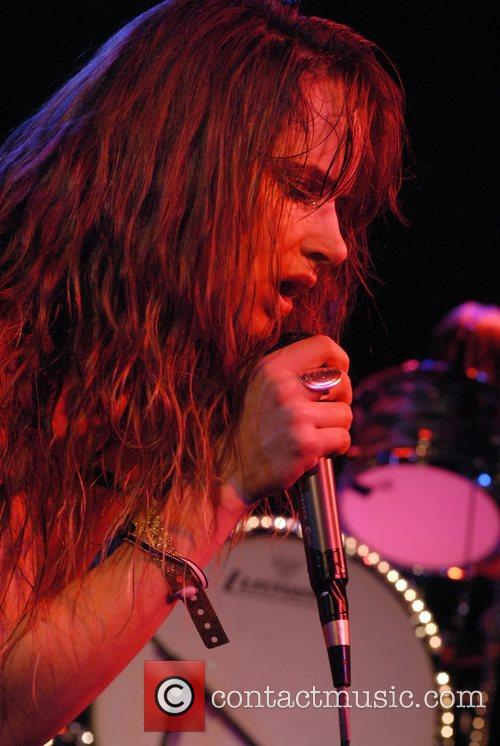 Juliette Lewis and Juliette And The Licks 9