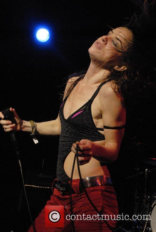 Juliette Lewis and Juliette And The Licks 2