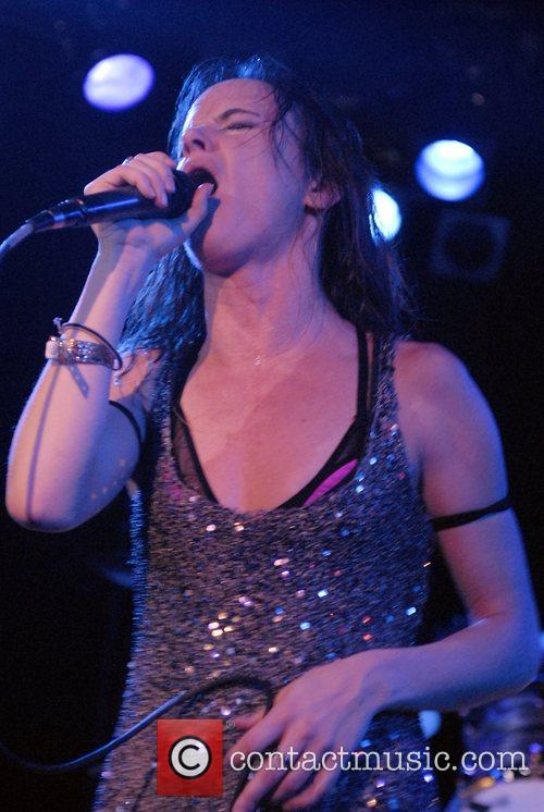 Juliette Lewis and Juliette And The Licks 22