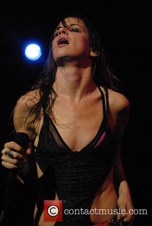 Juliette Lewis and Juliette And The Licks 11