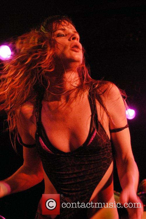 Juliette Lewis and Juliette And The Licks 12