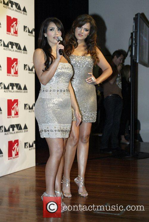 Kim Kardashian and Chloe Kardashian MTV Australia Awards
