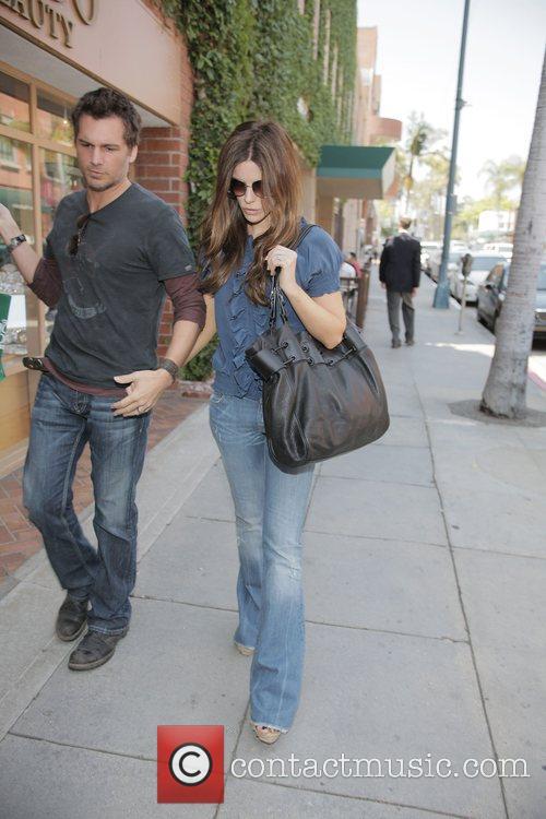 Kate Beckinsale and husband Len Wiseman Leaving a...