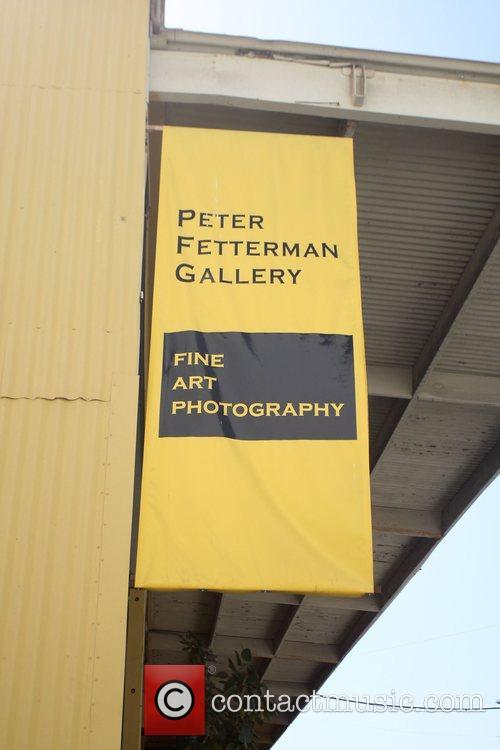 Kate Beckinsale enjoys a Henri Cartier-Bresson photography exhibit...