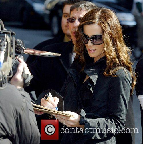 Kate Beckinsale and David Letterman 20