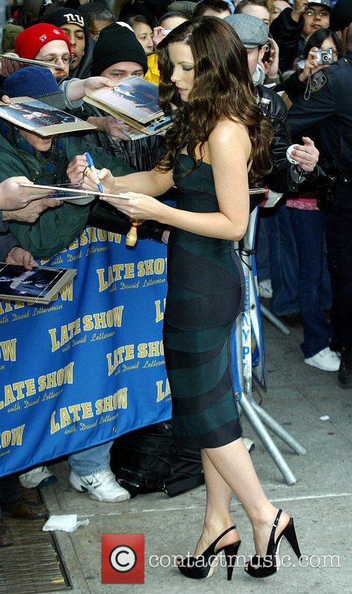 Kate Beckinsale and David Letterman 24