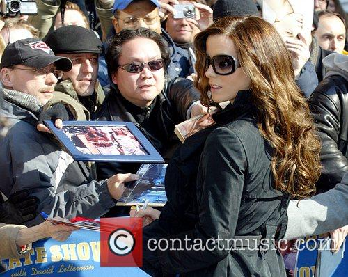 Kate Beckinsale and David Letterman 21