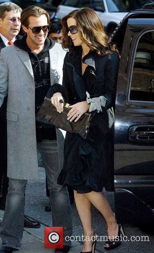 Kate Beckinsale and David Letterman 18
