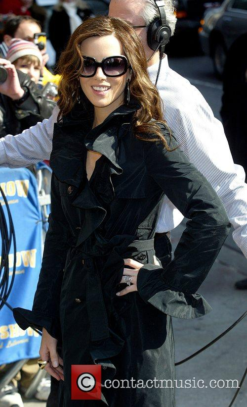 Kate Beckinsale and David Letterman 14