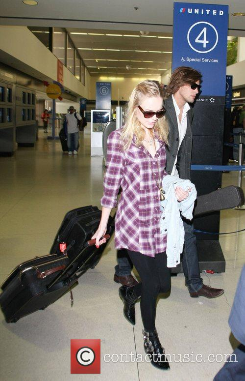 Kate Bosworth the '21' star arriving at LAX...