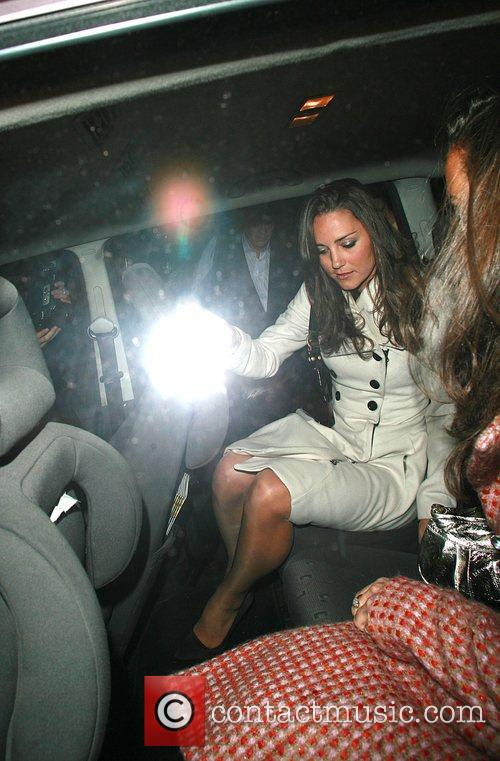 Kate Middleton getting into taxi, on her 26th...