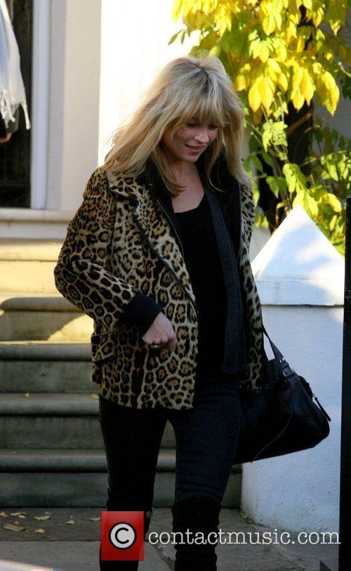Kate Moss leaving Davinia Taylor's house