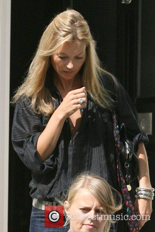 Kate Moss and Davinia Taylor 7