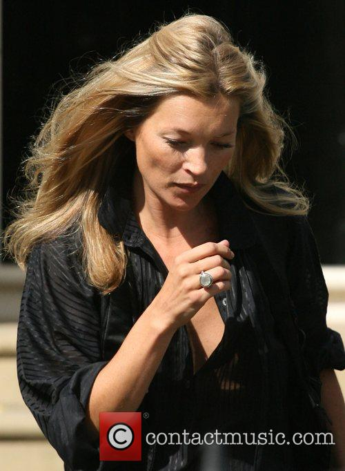 Kate Moss and Davinia Taylor 5