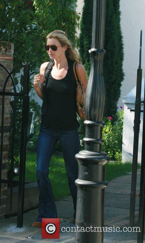 Kate Moss and Davinia Taylor 7