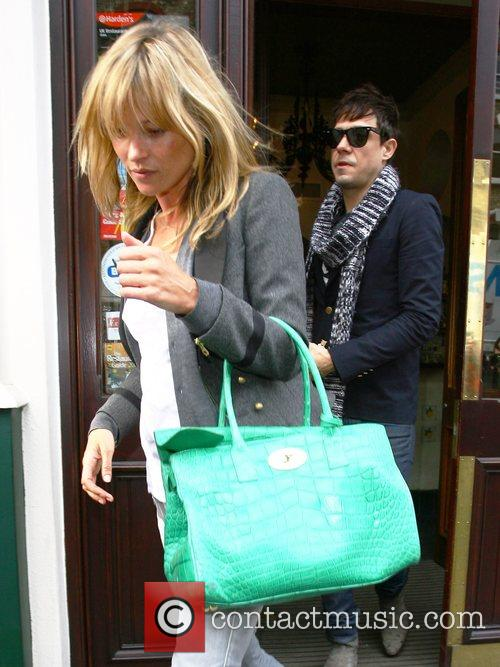Kate Moss and Jamie Hince 10