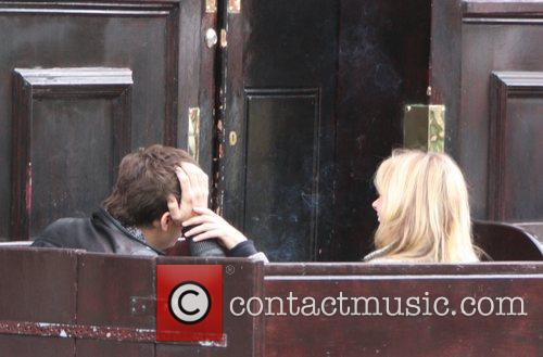 Kate Moss and Jamie Hince enjoy an afternoon...