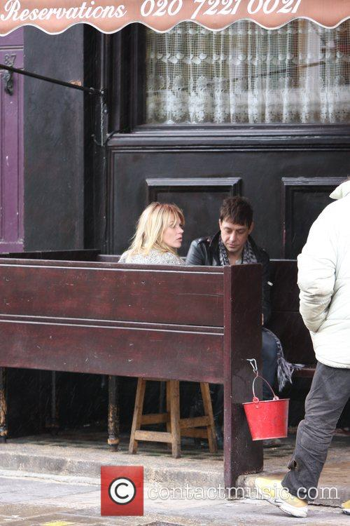 Kate Moss and Jamie Hince Approached by a...
