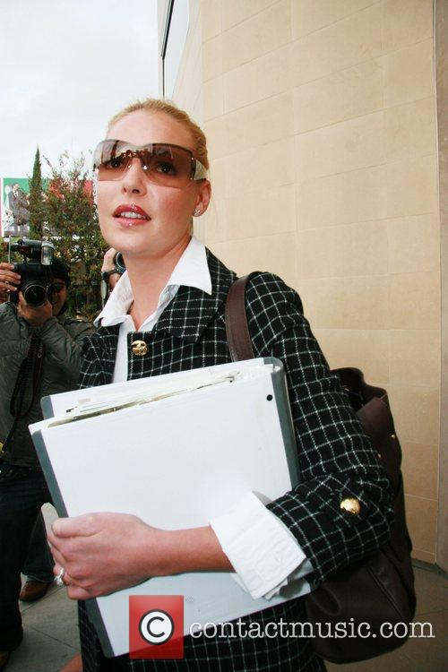 Katherine Heigl sporting new wedding ring is spotted...