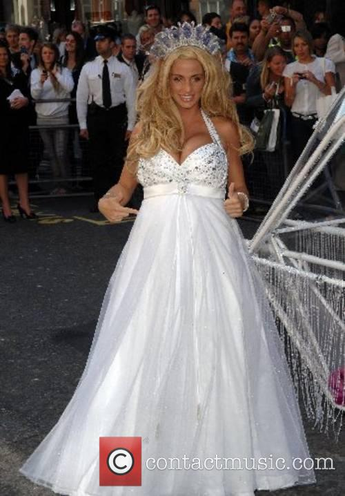 Katie Price and Harrods 2