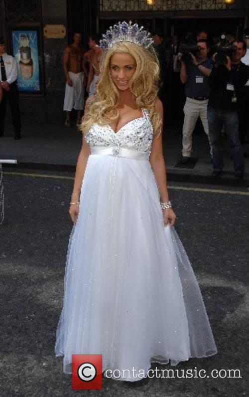 Katie Price and Harrods 4