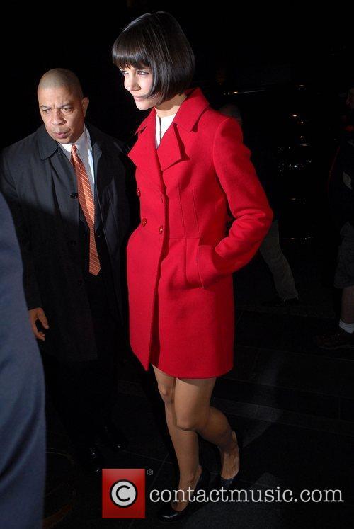 Katie Holmes arrives at her Manhattan hotel