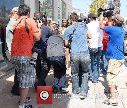 Media frenzy surrounding Peter Andre and Katie Price...