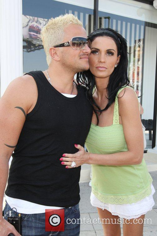 Katie Price and Peter Andre 19