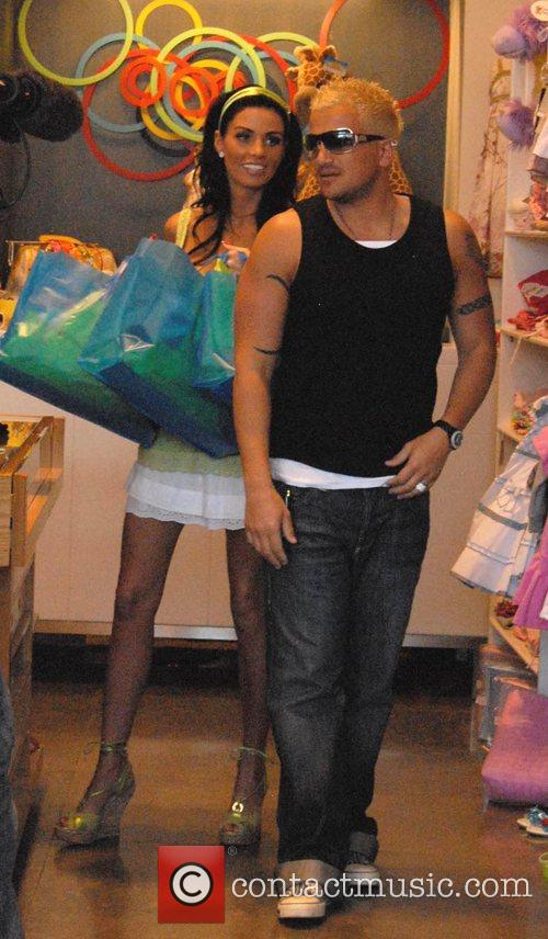 Katie Price and Peter Andre 4