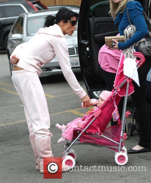 katie price with her daughter princess tiaamii went to starbucks 5120799
