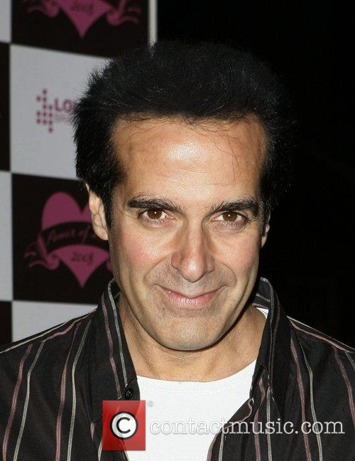 http://www.contactmusic.com/photo/david_copperfield_1754413