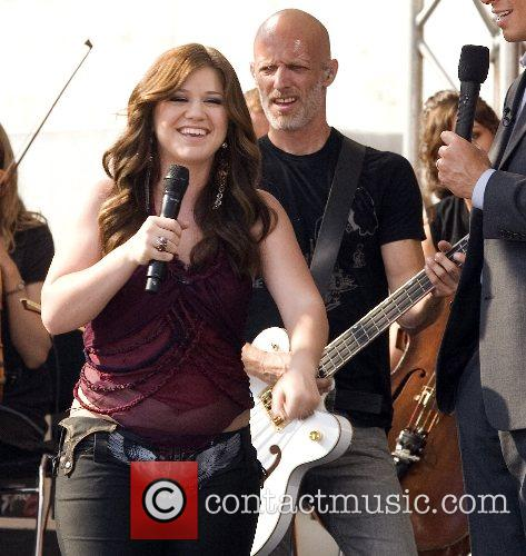 Kelly Clarkson 56