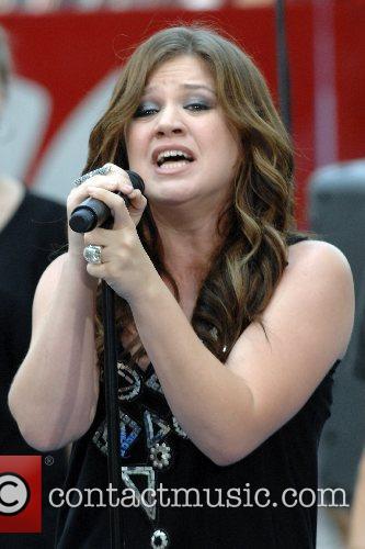 Kelly Clarkson 46