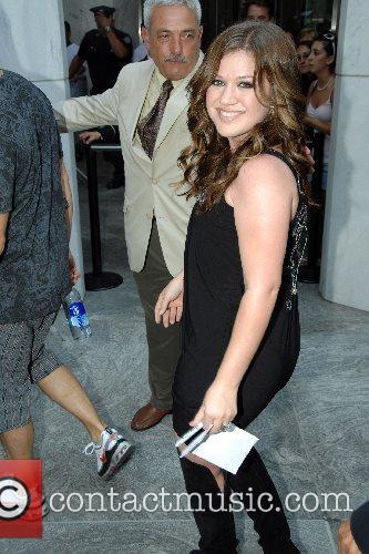 Kelly Clarkson 47