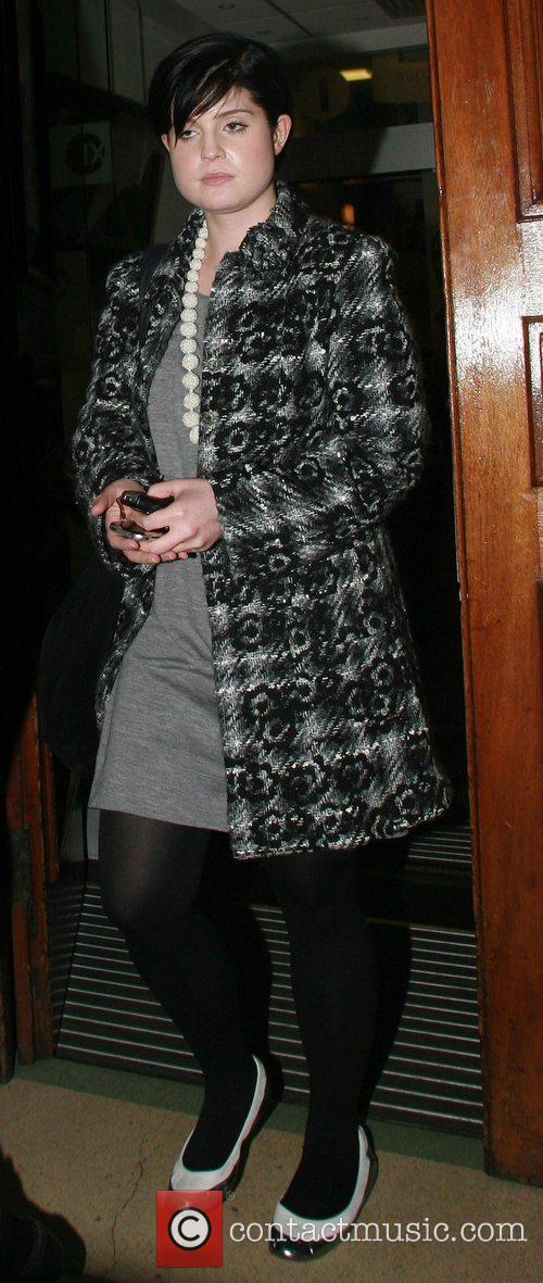 Kelly Osbourne leaving BBC Radio 1 studios