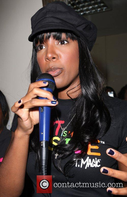 Kelly Rowland officially launches St Aubyn's Holistic Centre